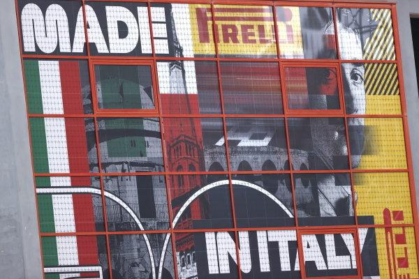 Grand Prix promotional banner