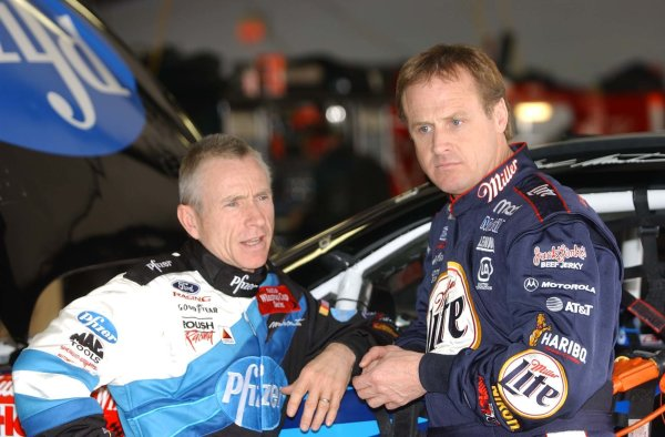 2002 NASCAR North Carlolina Speedway FEBRUARY USA 2002