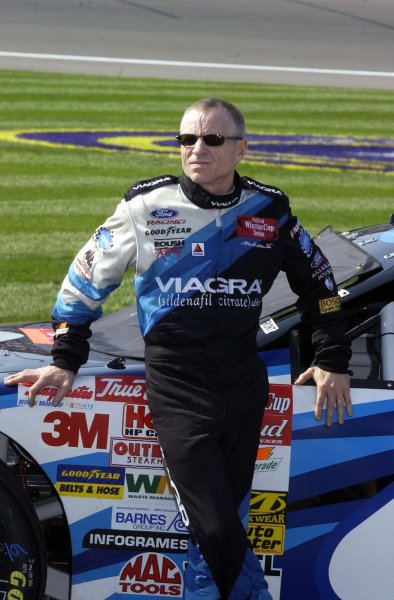 2002 NASCAR,Kansas City,Ks. Sept 26-29, 2002 USA -Mark Martin,Copyright-Robt LeSieur2002LAT Photographic