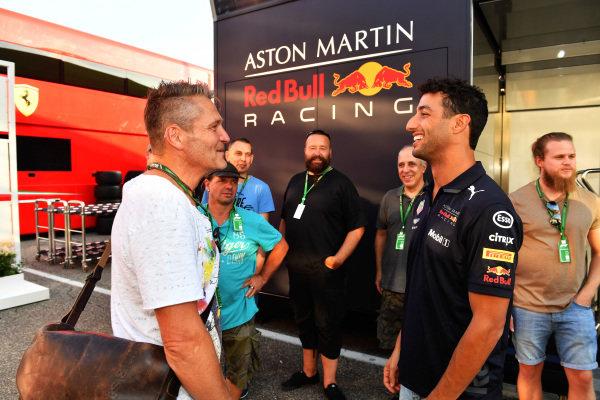 Daniel Ricciardo (AUS) Red Bull Racing with the staff of JMD Design