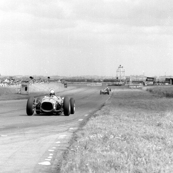1962 British Grand Prix.Aintree, England.19-21 July 1962.Phil Hill (Ferrari 156).Ref-14838.World Copyright - LAT Photographic