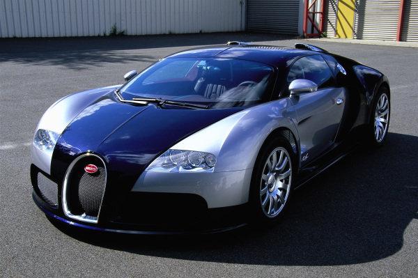 Bugatti Veyron 16.4, 2004. Köln, Germany.