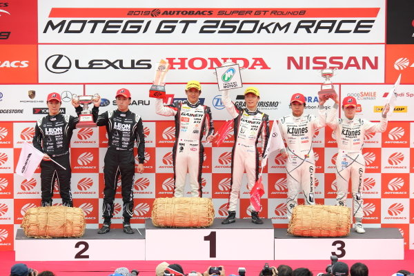 GT300 Winners Katsuyuki Hiranaka & Hironobu Yasuda, GAINER TANAX Nissan GT-R, celebrate on the podium. They are joined by Naoya Gamou & Togo Suganami, K2 R&D LEON PYRAMID Mercedes-AMG GT3, second position, and Morio Nitta & Sena Sakaguchi, LM Corsa K-Tunes Lexus RC F GT3, third