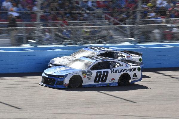 #88: Alex Bowman, Hendrick Motorsports, Chevrolet Camaro Nationwide and #00: Landon Cassill, Manscaped Racing, Chevrolet Camaro Iron Mountain Data Centers