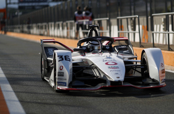 Andre Lotterer (DEU), Tag Heuer Porsche, Porsche 99X Electric, leaves the pit lane