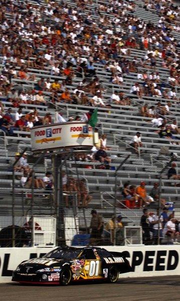 2003 NASCAR-Sharpie 500. Bristol Tenn USA,Aug 22-23,Mike Skinner takes the green flag during qualifying,World Copyright -RobertLeSieur ,July,2003LAT Photographic-ref: digital image