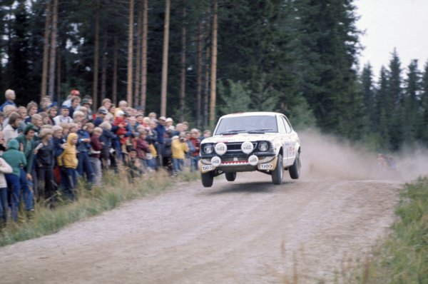 1975 World Rally Championship. 1000 Lakes Rally, Finland. 29th - 31st August 1975. Hannu Mikkola/Atso Aho (Toyota Corolla), 1st position, action. World Copyright: LAT Photographic Ref: 35mm transparency 75RALLY01