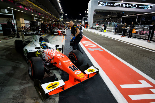 2017 FIA Formula 2 Round 11. Yas Marina Circuit, Abu Dhabi, United Arab Emirates. Saturday 25 November 2017. Sergio Sette Camara (BRA, MP Motorsport).  Photo: Sam Bloxham/FIA Formula 2. ref: Digital Image _W6I3237