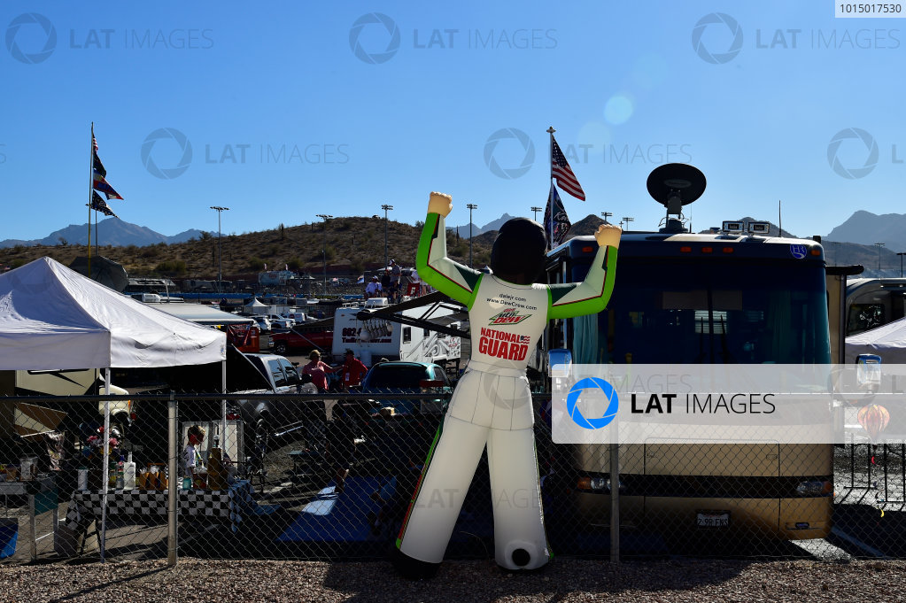 NASCAR XFINITY Series Ticket Galaxy 200 Phoenix Raceway, Avondale, AZ USA Saturday 11 November 2017 Dale Earnhardt Jr, Hendrick Motorsports, Nationwide Chevrolet SS inflatable  World Copyright: Logan Whitton LAT Images