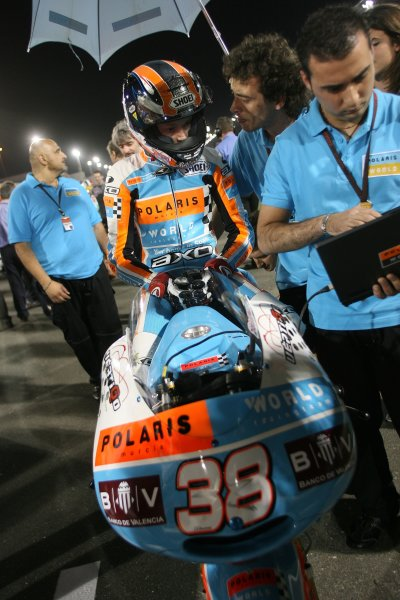 2008 MotoGP. Losail, Qatar. 7th - 9th March 2008. Rd 1. Bradley Smith, Aprilla, 16th position, on the grid before the start of the 125cc race. He had qualified on pole position. World Copyright: Martin Heath/LAT Photographic. Ref: Digital Image Only.