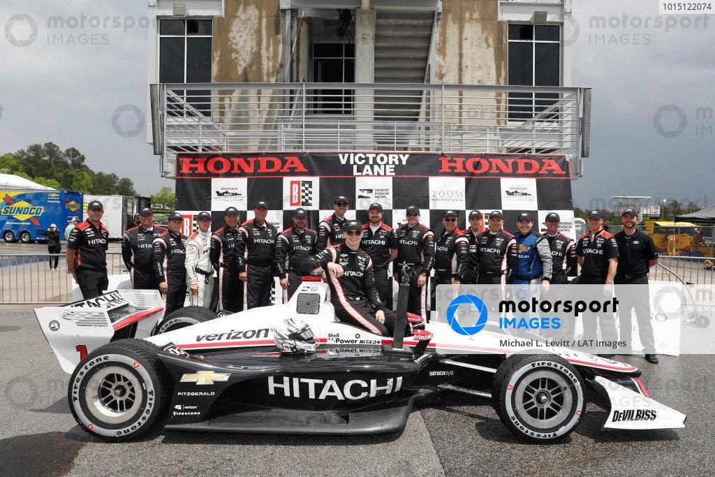 Josef Newgarden, Team Penske Chevrolet, podium, team