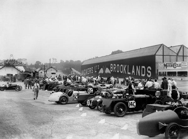 Brooklands, England. July 1932.World Copyright: LAT PhotographicRef: Autocar Glass Plate B8734