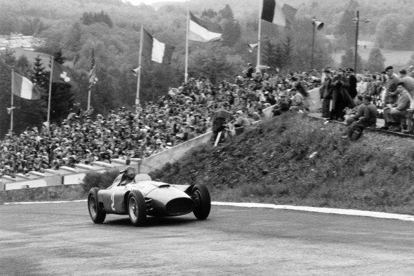 1956 Belgian Grand Prix.Spa-Francorchamps, Belgium. 3 June 1956.Juan Manuel Fangio (Lancia-Ferrari D50).World Copyright - LAT Photographic