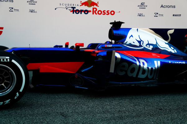 Toro Rosso STR12 Formula 1 Launch. Barcelona, Spain  Sunday 26 February 2017. STR12 World Copyright: Dunbar/LAT Images Ref: _X4I9731