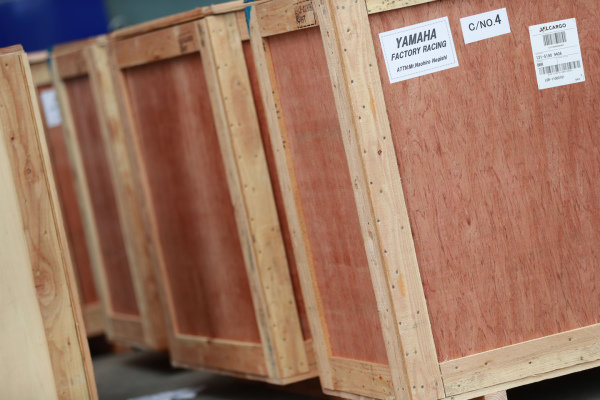 Packing freight crates
