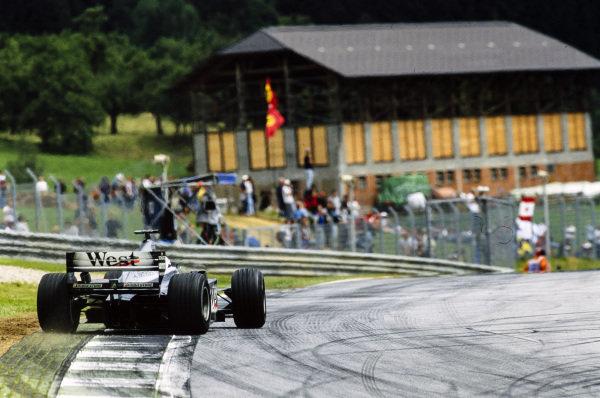 David Coulthard, McLaren MP4-15 Mercedes.