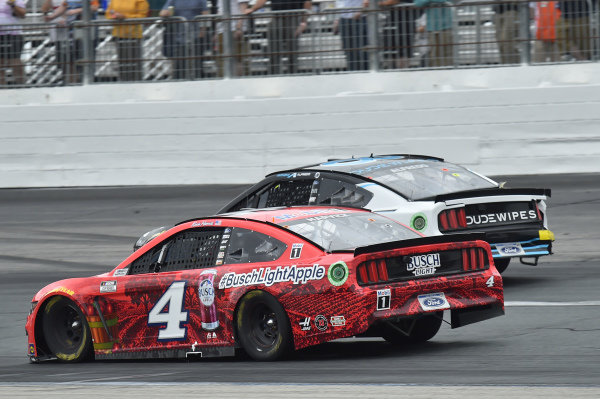 #4: Kevin Harvick, Stewart-Haas Racing, Ford Mustang Busch Light Apple, #38: Anthony Alfredo, Front Row Motorsports, Ford Mustang Dude Wipes