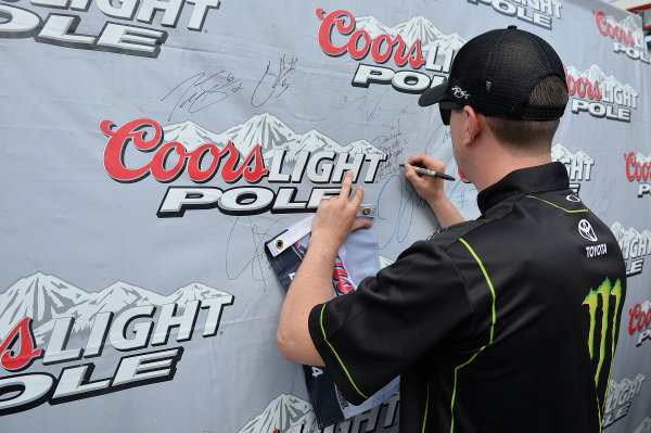 21-22 August, 2014, Bristol, Tennessee USA Kyle Busch, Monster Energy Toyota Camry wins the Pole for the Food City 300 at Bristol Motor Speedway. ?2014, John Harrelson / LAT Photo USA