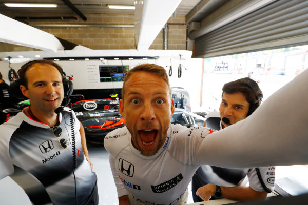 Spa-Francorchamps, Spa, Belgium. Sunday 28 August 2016. Jenson Button, McLaren, mugs for the camera. World Copyright: Steven Tee/LAT Photographic ref: Digital Image _O3I1885