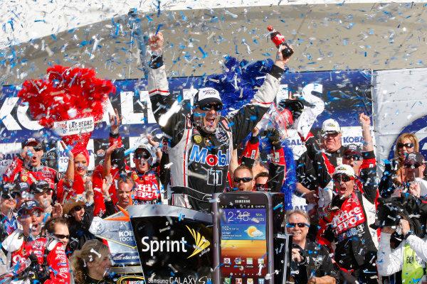 9-11 March, 2012, Las Vegas, NV USATony Stewart celebrates in victory lane(c)2012, Lesley Ann MillerLAT Photo USA