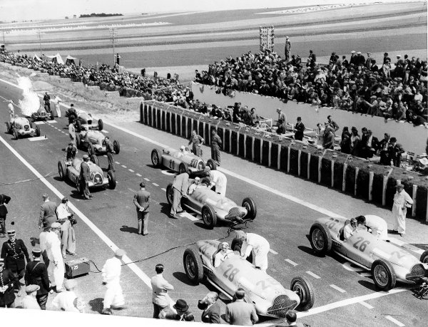 Reims-Gueux, France.