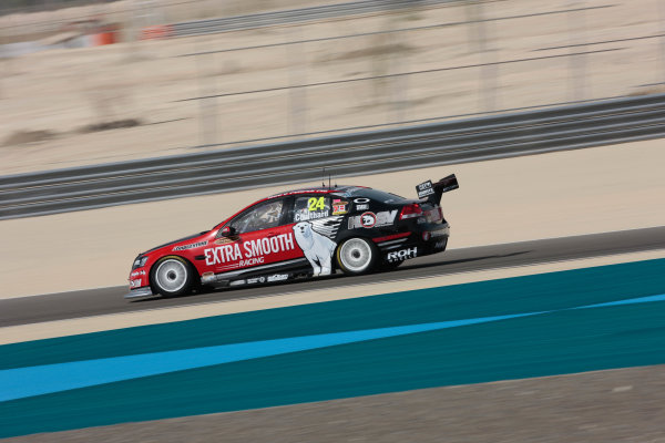Round 2 - Gulf Air Desert 400Bahrain International Circuit, Sakhir, Bahrain.24th - 27th Febraury 2010.Fabian Coulthard of Walkinshaw Racing.World Copyright: Mark Horsburgh/LAT Photographicref: Digital Image 24-Coulthard-EV02-8564