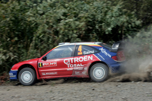 2004 FIA World Rally Champs. Round eleven, Rally Japan.2nd-5th September 2004.Carlos Sainz. Citroen, action.World Copyright: McKlein/LAT
