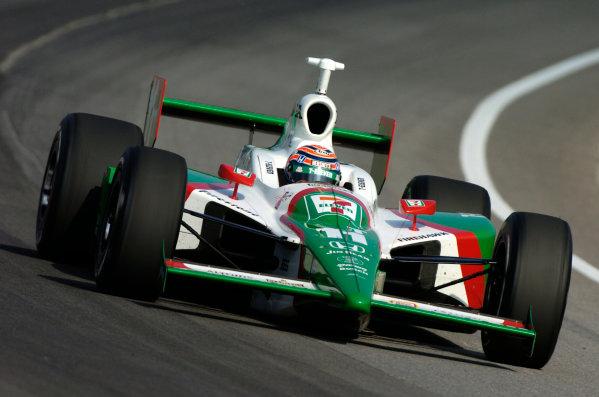 9-27 May, 2004, Indianapolis Motor Speedway, USATony Kanaan-2004Walt Kuhn, USALAT Photographic