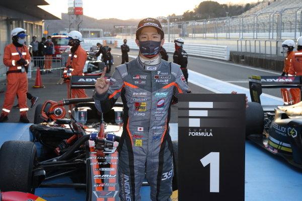 Winner Syo Tsuboi ( #39 JMS P.MU/CERUMO・INGING, Dallara SF19 Toyota ) celebrates in parc ferme
