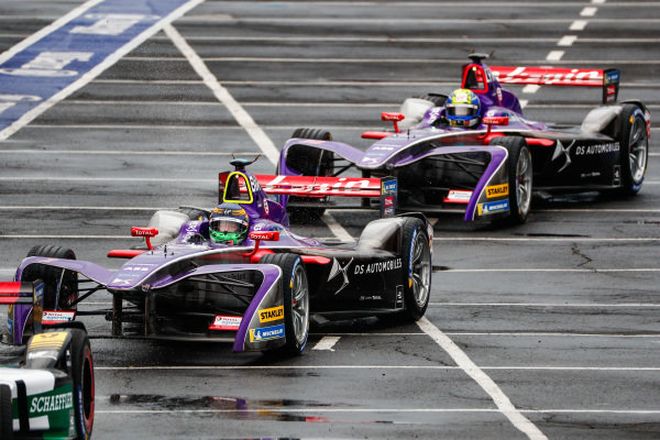 Sam Bird (GBR), DS Virgin Racing, DS Virgin DSV-03, leads Alex Lynn (GBR), DS Virgin Racing, DS Virgin DSV-03.