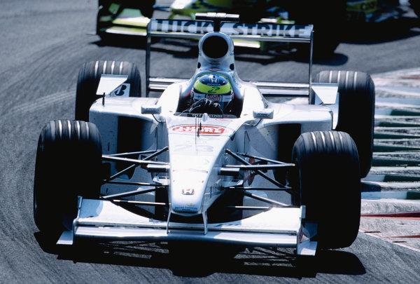 2000 Italian Grand Prix.Monza, Italy. 8-10 September 2000.Ricardo Zonta (B.A R. 002 Honda) 6th position.Ref-2K ITA 75.World Copyright - Gavin Lawrence/LAT Photographic