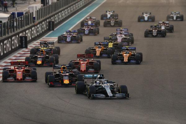 Lewis Hamilton, Mercedes AMG F1 W10, leads Max Verstappen, Red Bull Racing RB15, Charles Leclerc, Ferrari SF90, Sebastian Vettel, Ferrari SF90, Alexander Albon, Red Bull RB15, Lando Norris, McLaren MCL34 and the rest of the pack at the start