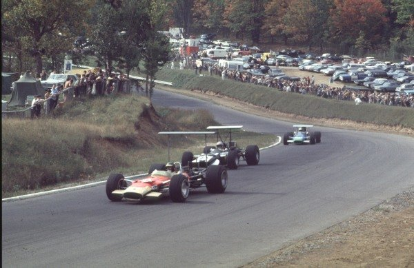 1968 Canadian Grand Prix.Mont-Tremblant, (St. Jovite), Quebec, Canada.20-22 September 1968.Bill Brack (Lotus 49B Ford) leads Vic Elford (Cooper T86B BRM) and Henri Pescarolo (Matra MS11). Elford finished in 5th position.Ref-68 CAN 01.World Copyright - LAT Photographic