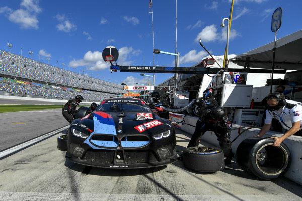 #24 BMW Team RLL BMW M8 GTE, GTLM: Pit Stop, Marco Wittmann, Augusto Farfus, Jesse Krohn, John Edwards