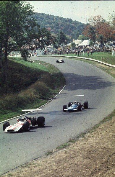 1968 Canadian Grand Prix.Mont-Tremblant, (St. Jovite), Quebec, Canada.20-22 September 1968.John Surtees (Honda RA301) leads Jackie Stewart (Matra MS10 Ford) and Jack Brabham (Brabham BT26 Repco).Ref-68 CAN 46.World Copyright - LAT Photographic