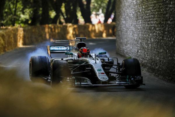 Esteban Ocon, Mercedes-AMG F1 W10 EQ Power+ burnout