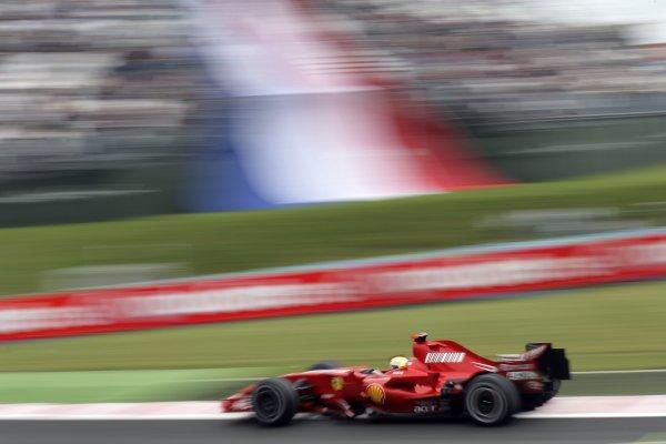 2007 French Grand Prix - Friday PracticeCircuit de Nevers Magny Cours, Nevers, France.29th June 2007.Felipe Massa, Ferrari F2007. Action. World Copyright: Steven Tee/LAT Photographicref: Digital Image YY2Z4294