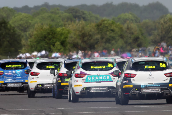 2015 Renault Clio Cup, Croft, 27th-28th June 2015, Start of the race World copyright. Jakob Ebrey/LAT Photographic