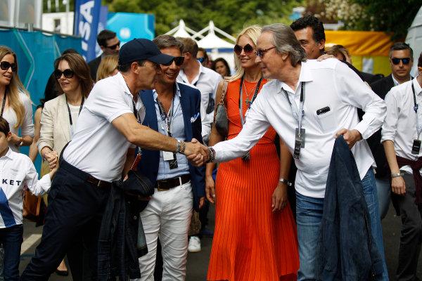 2014/2015 FIA Formula E Championship. London e-Prix, Battersea Park, London, UK. Saturday 27 June 2015. Antonio Banderas meets Mansour Ojjeh in the paddock. World Copyright: Sam Bloxham/LAT Photographic/Formula E. ref: Digital Image _G7C7856