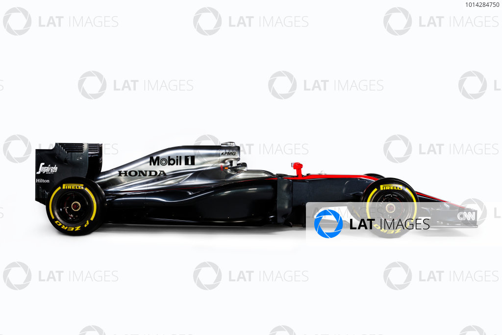 McLaren Honda MP4-30 Reveal Woking, UK. 29 January 2015 The McLaren Honda MP4-30. Photo: McLaren (Copyright Free FOR EDITORIAL USE ONLY) ref: Digital Image MP4-30 - Side On