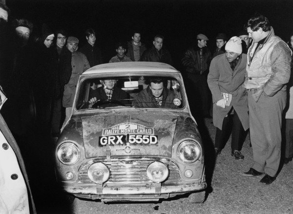 Monte Carlo, Monaco. 14th - 21st January 1966. Timo Makinen/Paul Easter, Mini-Cooper S, 1st position overall, but was later disqualified for illegal lights, action.  World Copyright:LAT Photographic. Ref: