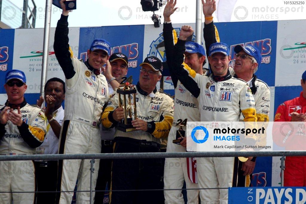 GTS winners: Oliver Gavin (GBR) / Olivier Beretta (FRA) / Jan Magnussen (DEN) Corvette Racing with Pratt & Miller chief Gary Pratt (USA).Le Mans 24 Hours, Le Mans, France, 12-13 June 2004.DIGITAL IMAGE