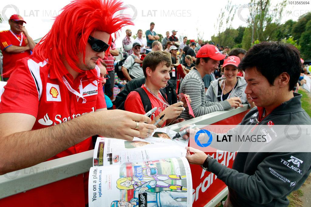 Albert Park, Melbourne, Australia24th March 2011.Kamui Kobayashi, BMW Sauber C30 Ferrari.World Copyright: Charles Coates/LAT Photographicref: Digital Image _X5J5509