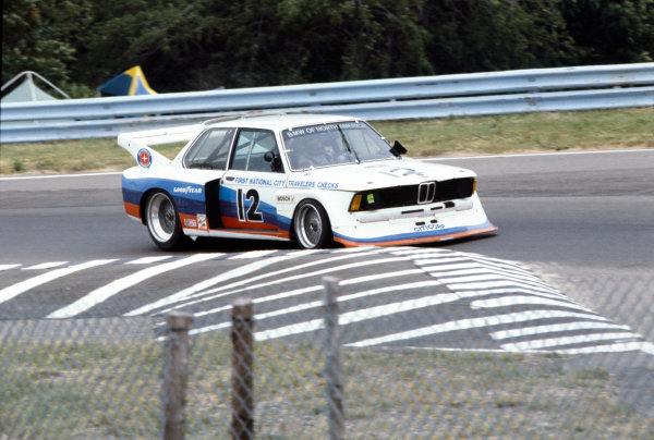 Watkind Glen, New York State, USA. 8th ult 1978. Rd 7.Ronnie Peterson/ David Hobbs (BMW 320i Turbo), retired, action. World Copyright: LAT Photographic.Ref: 78SCARS