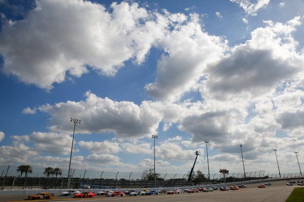 NASCAR Xfinity Series PowerShares QQQ 300 Daytona International Speedway, Daytona Beach, FL USA Saturday 17 February 2018 Daniel Hemric, Richard Childress Racing, South Point Hotel & Casino Chevrolet Camaro leads the field World Copyright: Barry Cantrell LAT Images