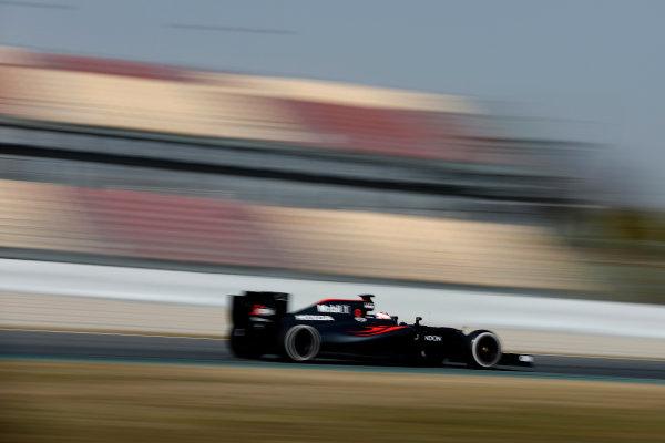 Circuit de Catalunya, Barcelona, Spain Monday 22 February 2016. Jenson Button, McLaren MP4-31 Honda. World Copyright: Glenn Dunbar/LAT Photographic ref: Digital Image _89P4196