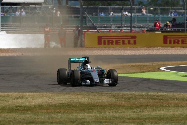 Silverstone Circuit, Northamptonshire, England. Friday 3 July 2015. Lewis Hamilton, Mercedes F1 W06 Hybrid. World Copyright: Andrew Ferraro/LAT Photographic ref: Digital Image _FER0672
