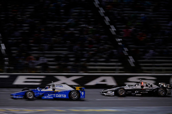 Verizon IndyCar Series Rainguard Water Sealers 600 Texas Motor Speedway, Ft. Worth, TX USA Saturday 10 June 2017 Scott Dixon, Chip Ganassi Racing Teams Honda, Simon Pagenaud, Team Penske Chevrolet World Copyright: Phillip Abbott LAT Images ref: Digital Image abbott_texasIC_0617_4860