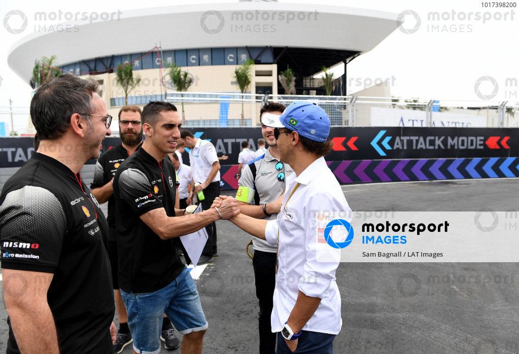 Felipe Massa (BRA), Venturi Formula E, shakes hands with Sébastien Buemi (CHE), Nissan e.Dams