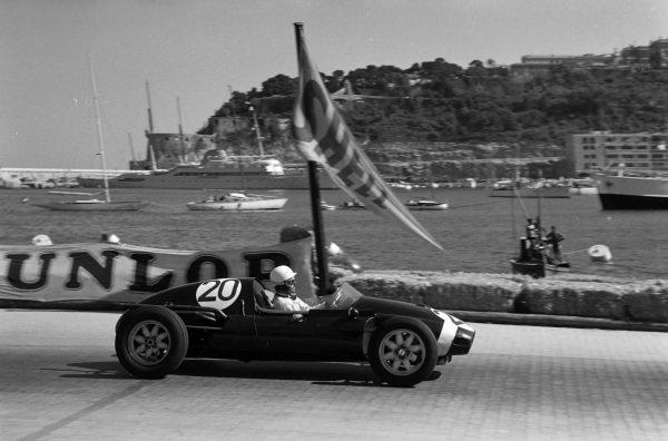 Maurice Trintignant, Cooper T45 Climax.